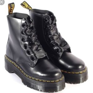 BNIB molly buttero Doctor Martens